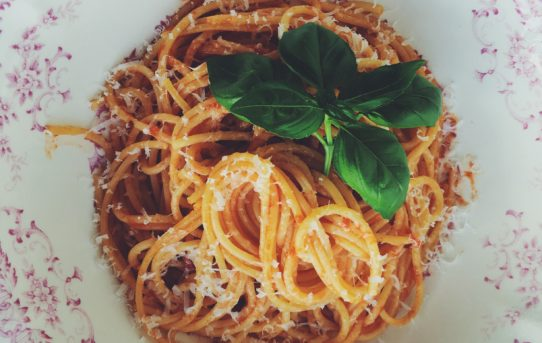 Very fast pasta arrabiata for busy weekdays