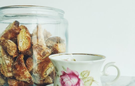 Crunchy cantuccini from Tuscany