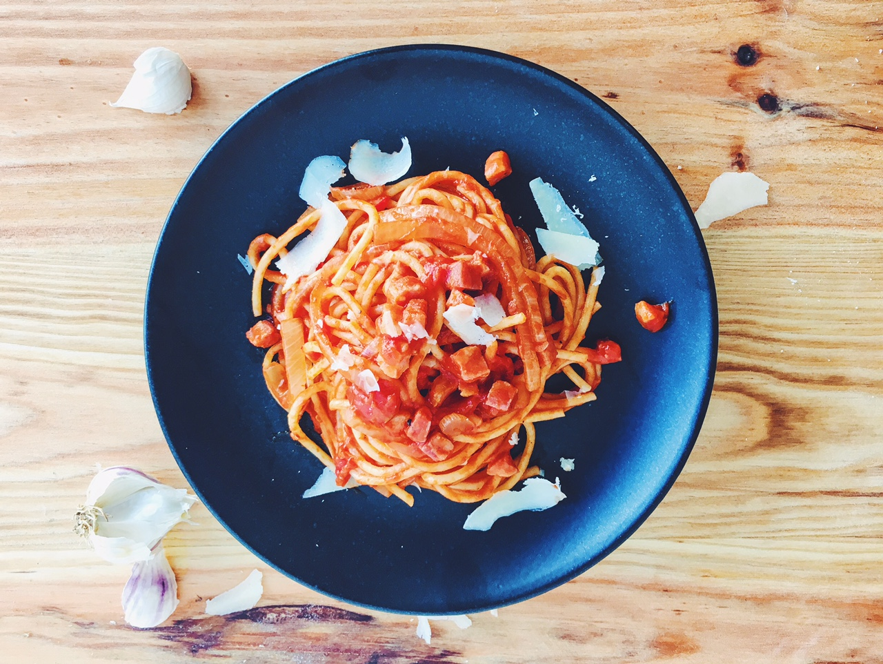 A superfast but delicious Spaghetti all'Amatriciana for busy weekdays